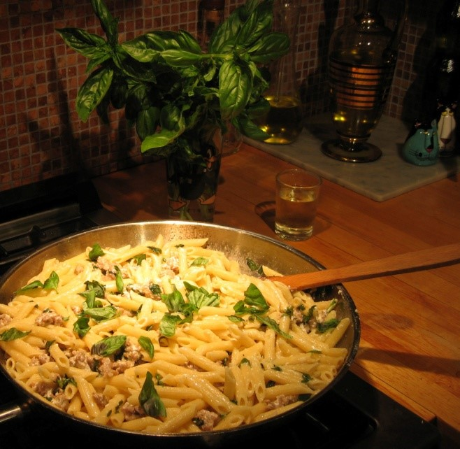 Pasta with Sausage Meat and Ricotta